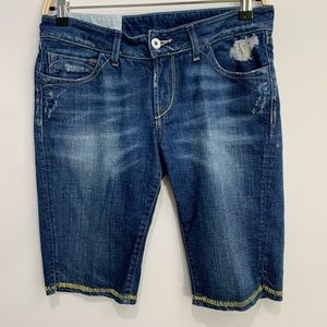 Loomstate 27 mantra shorts yellow stitch Bermuda